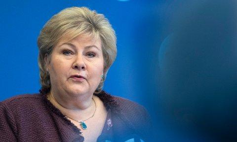 Statsminister Erna Solberg sier som vanlig at det tar den tiden det tar å finne ny statsråd.
