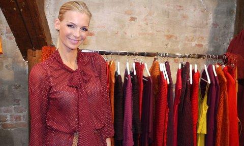 Modell og mamma Kathrine Sørland liker å mikse nytt og gammelt, dyrt og billig.