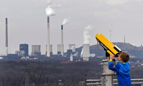 Tyskland har bestemt seg for å kvitte seg med atomkraft. Resultatet er at over 1100 personer dør hvert eneste år som følge av økt luftforurensning, viser ny rapport.