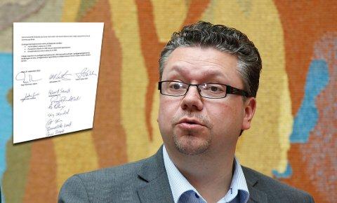 FÅR KRITIKK FOR MDG-RASERI: Ulf Leirstein (Frp) kalte Miljøpartiet De Grønne for useriøse, men har selv signert en avtale med partiet (innfelt). Nå får han kritikk.