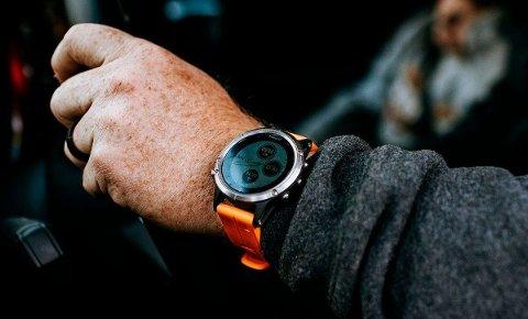 Garmin fenix 5 Plus Sapphire Titanium var den nest mest solgte klokka hos Milrab i 2019.