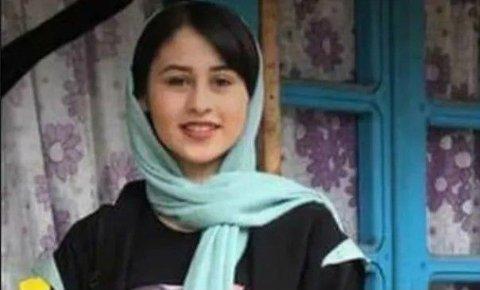 14 år gamle Romina Ashrafi ble offer for et brutalt æresdrap. Drapet har utløst sterke reaksjoner på sosiale medier.