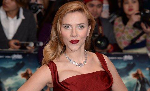 Scarlett Johansson under premieren av Captain America: The Winter Soldier.