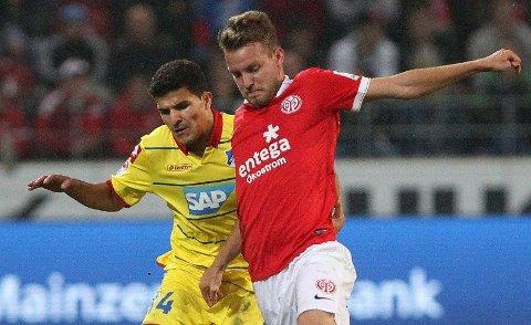 PÅ BANEN: Tarik Elyounoussi spilte hele kampen mot Hoffenheim.