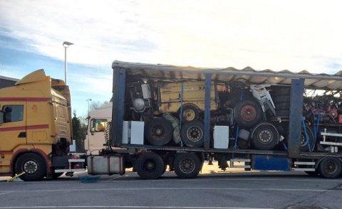 SKREKKEKSEMPEL: Den tyriske sjåføren mente at lasten var sikret bra nok. Vegvesenet var ikke enig.