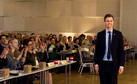 FULL TILSLUTNING: KrFs partileder Knut Arild Hareide fikk full tilslutning fra landsmøtet til å forsøke å inngå et regjeringssamarbeid med Høyre og andre sentrumsparti etter valget til høsten.