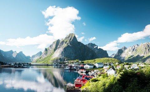 RORBU: Lofotens historiske rorbuer er et godt utgangspunkt for å utforske verdens vakreste øyrike.