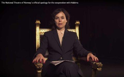 SKAPER OPPSTYR: Bilde fra videoen «Nationaltheatret beklager» som du kan se nederst i denne artikkelen.