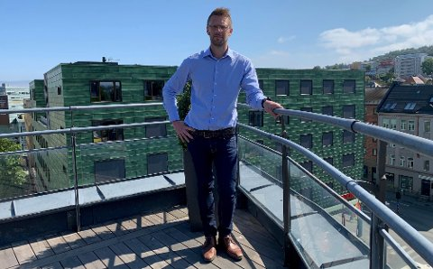 BILLIGST I MARKEDET: Christopher Steen og KLP Banken danker ut de flytende boliglånsrentene i markedet.