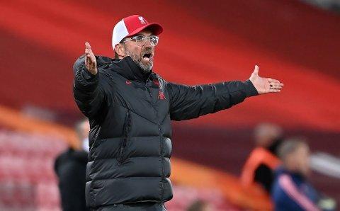 PRIORITERES BORT? Liverpool og Jürgen Klopp vil gjerne ha kloa i en ny midtstopper. Det kan vise seg å bli vanskeligere enn først antatt.