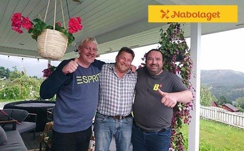 KOMPISEN VANT OGSÅ: Nabolaget-millionær Egil Mikal Johansen (55) i midten, med vennene Per Einar Hauge (t.v.) og Ørjan Teigen. Per Einar vant som spillende nabo 10 000 kr.