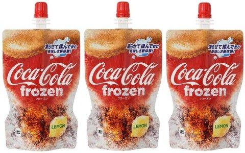 FROSSEN COLA-NYHET: Frossen Coca-Cola i slushform er det nyeste tilskuddet i slushfamilien i Japan.