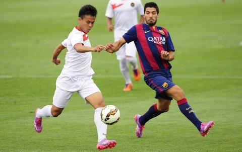 TJUKK? Luis Suarez mobbes i spansk media.