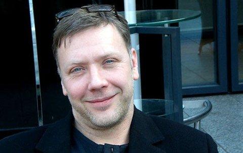 FÅR ROS: Mikael Persbrandts åpenhet rundt sin bipolare lidelse får mye ros i Sverige.