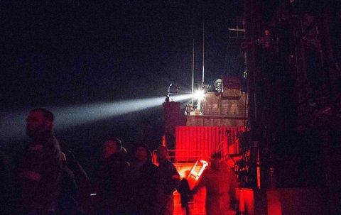 Australske HMAS Success har i lengre tid lett etter flight MH370. Nå er letingen utsatt igjen på grunn av dårlig vær.