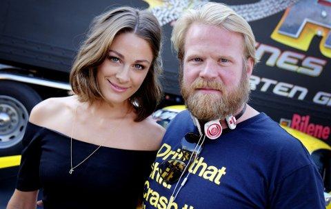 Jenny Skavlan og Anders Baasmo Christiansen spiller i Norges første bilfilm.