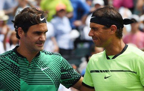 KAN MØTES: Roger Federer (venstre) og Rafael Nadal kan møtes i semifinalen i US Open.
