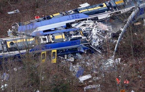 9. FEBRUAR: Elleve mennesker omkom og 19 passasjerer ble alvorlig skadd i ulykken som skjedde i nærheten av Bad Aibling 9. februar.