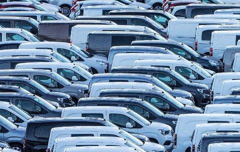 Leasing av biler er blitt stadig mer populært. Nå vil Forbrukerrådet rydde opp i lovgivningen.