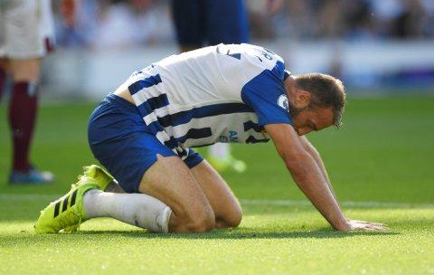Brighton må klare seg uten viktige Glenn Murray i onsdagens ligacupkamp mot Aston Villa.