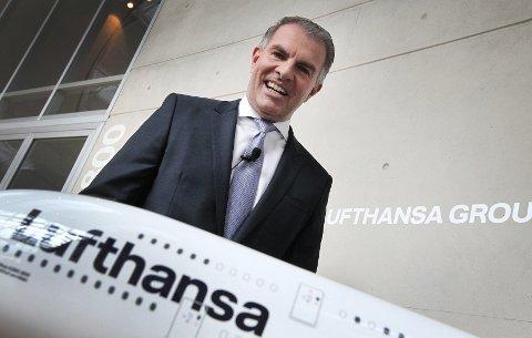 VURDERER NORWEGIAN: Carsten Spohr i Lufthansa er i kontakt med Norwegian om et oppkjøp.