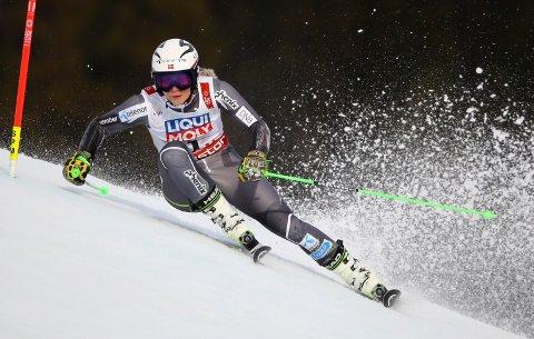 KJEMPER OM MEDALJE: Den norske alpinisten Ragnhild Mowinckel.