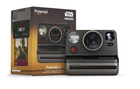 Polaroid Now The Mandalorian Edition er et must for alle Star Wars-fans, men også et rålekkert kamera om du ikke er det.