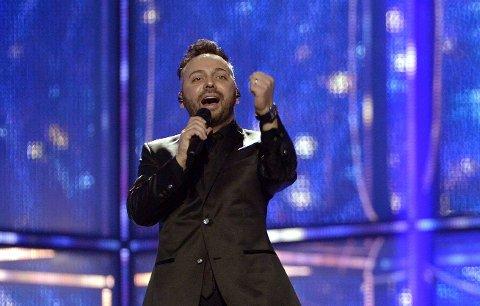 OVI på scenen under prøver i Danmark - torsdag kveld står han på scenen sammen med Paula.