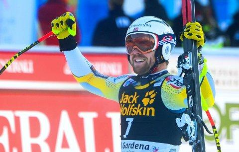 I STORFORM: Aleksander Aamodt Kilde kunne strekke armene i været etter en ny flott prestasjon i italienske Val Gardena
