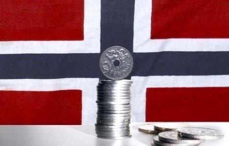 NORDMENN MÅ FORBEREDE SEG PÅ LAVERE LØNNINGER: Professor ved Norges Handelshøgskole at stadig flere utenlandske ansatte i norske selskap uunngåelig vil tvinge norske lønninger nedover.