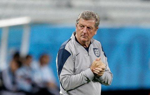 I SKUDDLINJEN: Pressen mener Roy Hodgson bør trekke seg etter VM.