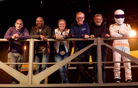 «TOP GEAR»: Chris Harris, Rory Reid, Sabine Schmitz, Chris Evans, Eddie Jordan og The Stig.
