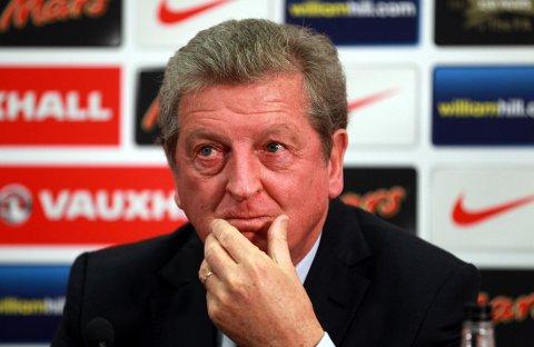 UNGT: Michael Owen håper Roy Hodgson tørr å satse ungt i sommerens VM.