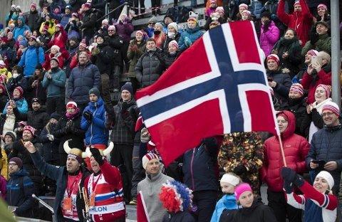 «...omfanget av Norges velferdsordninger og offentlige tjenester er avgjørende for landets sosialøkonomiske modell, og spiller en avgjørende rolle i å gjøre økonomisk vekst inkluderende og i å sikre velferd», heter det blant annet i OECDs ferske rapport. Illustrasjonsfoto: Holmenkollen skifestival 12.0317.