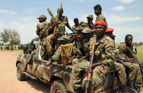 SUDAN: Folkets frigjøringshær (SPLA) i nærheten av Malakal, Sør-Sudan. O145 barnesoldater er nå sluppet fri, etter harde kamper den siste tiden.