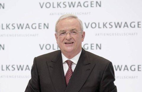 INGEN GRUNN TIL Å SMILE: Tidligere toppsjef Martin Winterkorn i Volkswagen er bedrageritiltalt av tyske myndigheter.