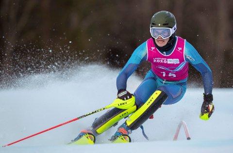 Mikkel Remsøy på vei mot gull i alpin kombinasjon under ungdoms-OL i Lausanne lørdag. Foto: Simon Bruty, OIS via AP / NTB scanpix