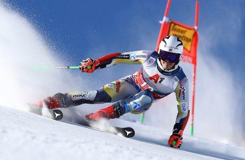 LEVERTE TIL TUSEN: Hokksund-gutten Lucas Braathen fikk fart på skiene i sesongens første verdenscuprenn i Østerrike.