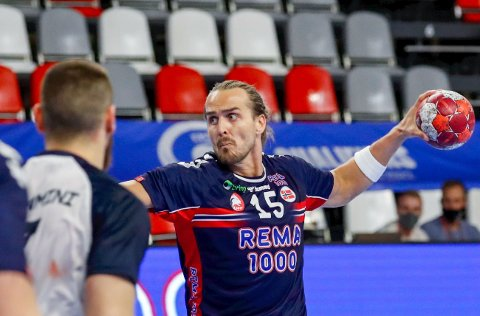 Kent Robin Tønnesen og lagkameratene i Szeged er på tabelltopp i sin mesterligagruppe. Foto: Toms Kalnins / NTB