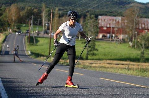 Ga alt: Anniken Larsen fra BSK kjemper seg opp den siste motbakken før mål i Maridalen.
