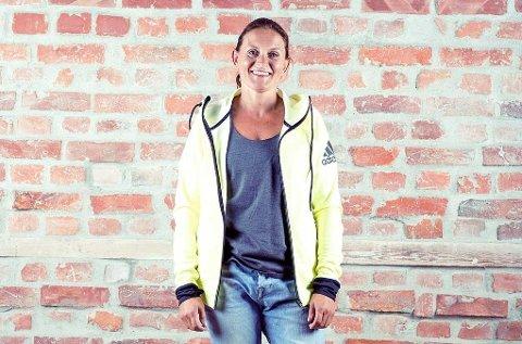 Hanne Lyngstad mellom- og langdistanseløper, i tillegg til å være løpeekspert for adidas. Hun har 8 NM-titler på samvittigheten.
