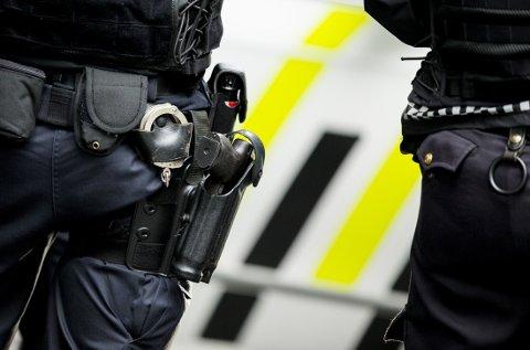 ETT ÅR MED BEVÆPNING: Politiet har vært bevæpnet siden november i fjor.