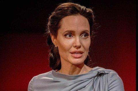 Barna til Angelina Jolie vil heller bli musikere enn skuespillere.