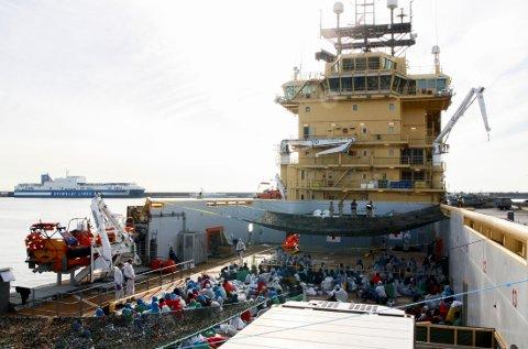 Siem Pilot var fredag involvert i fem redningsaksjoner og ankom Cagliari søndag med 737 migranter fra 28 ulike land.