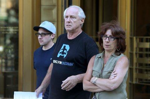 PÅGREPET: Vincent Thomas (midten) alias Vinny er blant de 46 personene som er pågrepet.