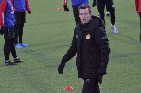 HOVEDTRENER: Tom Dent tok i vinter over som hovedtrener i Stjørdals/Blink, etter flere år i Bodø.