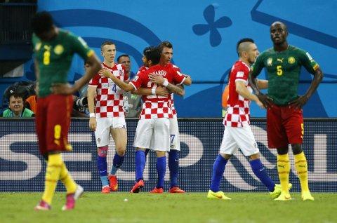 MISTENKSOM: Kampen mellom Kamerun og Kroatia har havnet i søkelyset etter påstander om kampfiksing. Nå hevder mannen som satte i gang det hele at han likevel aldri forutså kamputviklingen.