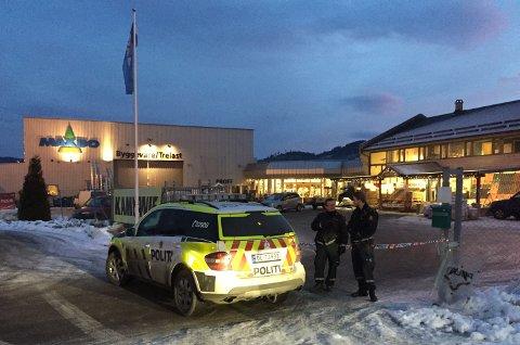 SIKTET: 22-åringen er fengslet i fem uker etter et drap på en 42-åring på varehuset Maxbo i Notodden.