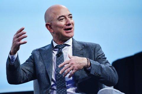 VERDENS RIKESTE: Jeff Bezos, administrerende direktør i Amazon, er verdens desidert rikeste.
