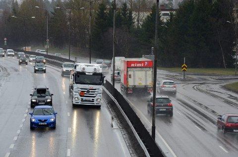 TUNNELSTRID: Det rødgrønne byrådet i Oslo vil stanse planene om en ny tunnel på E6 ved Manglerud på byens østkant, men Høyre håper at Arbeiderpartiet sentralt vil ta grep og sikre milliardprosjektet.